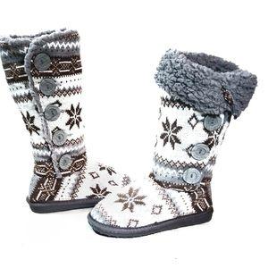 "NWOT Muk Luks ""Ala Mode"" Fair Isle Slipper Boots"